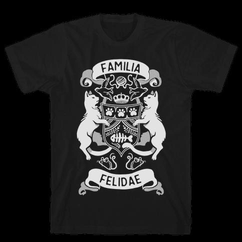 Cat Family Crest: Familia Felidae Mens T-Shirt