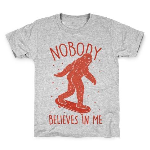Sasquatch Skateboards Kids//Baby T-Shirt Skateboarding Cool Hip Funny Bigfoot