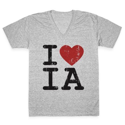 I Love Heart Iowa V-Neck T-Shirt