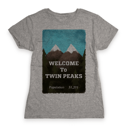 Vintage Twin Peaks Travel Sign Womens T-Shirt