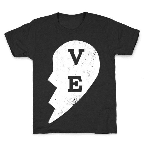 "Love ""ve"" Couples Shirt Kids T-Shirt"