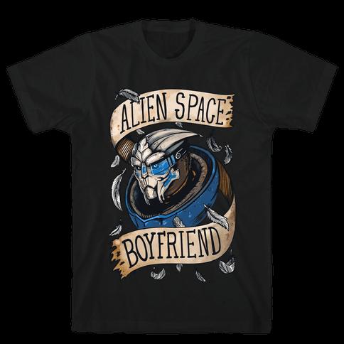 Alien Space Boyfriend Garrus Parody Mens T-Shirt