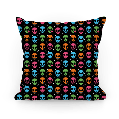 Alien Emoji Pattern Throw Pillow   LookHUMAN