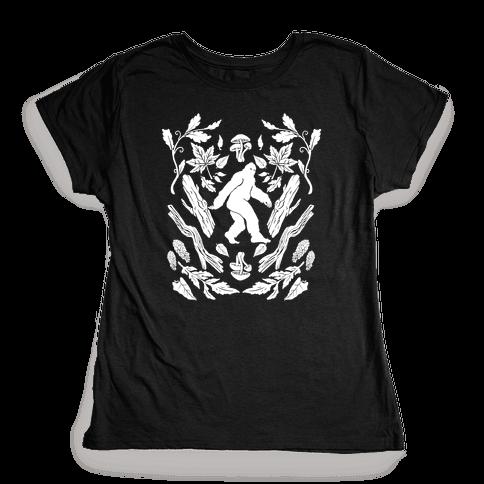 Sasquatch Sighting Womens T-Shirt