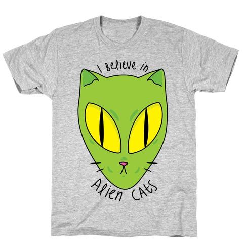 I Believe In Alien Cats T-Shirt