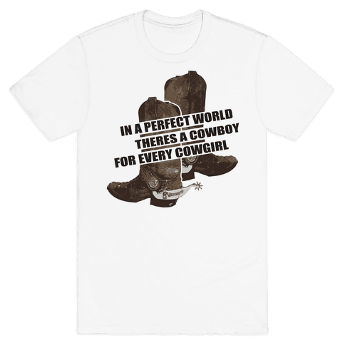 The Perfect Country Gal World. Mens T-Shirt