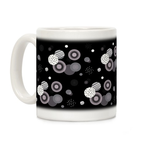Black and White Radials and Circles Pattern Coffee Mug