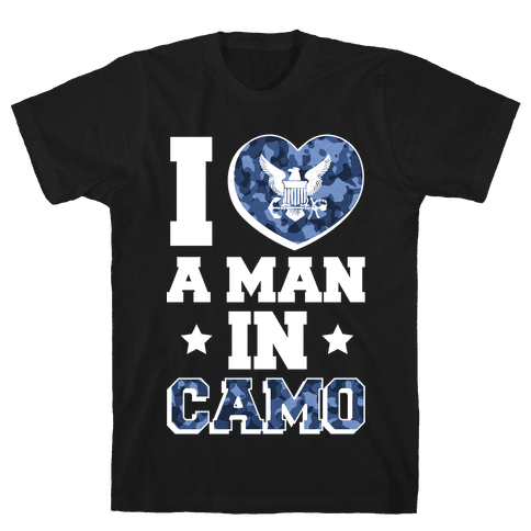 I Love a Man in Camo (Navy) Mens T-Shirt