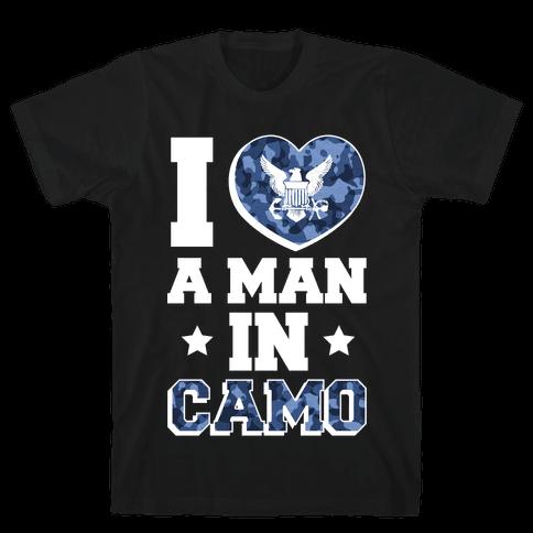 I Love a Man in Camo (Navy) Mens T-Shirt